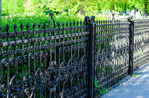 Best Affordable Fencing Options