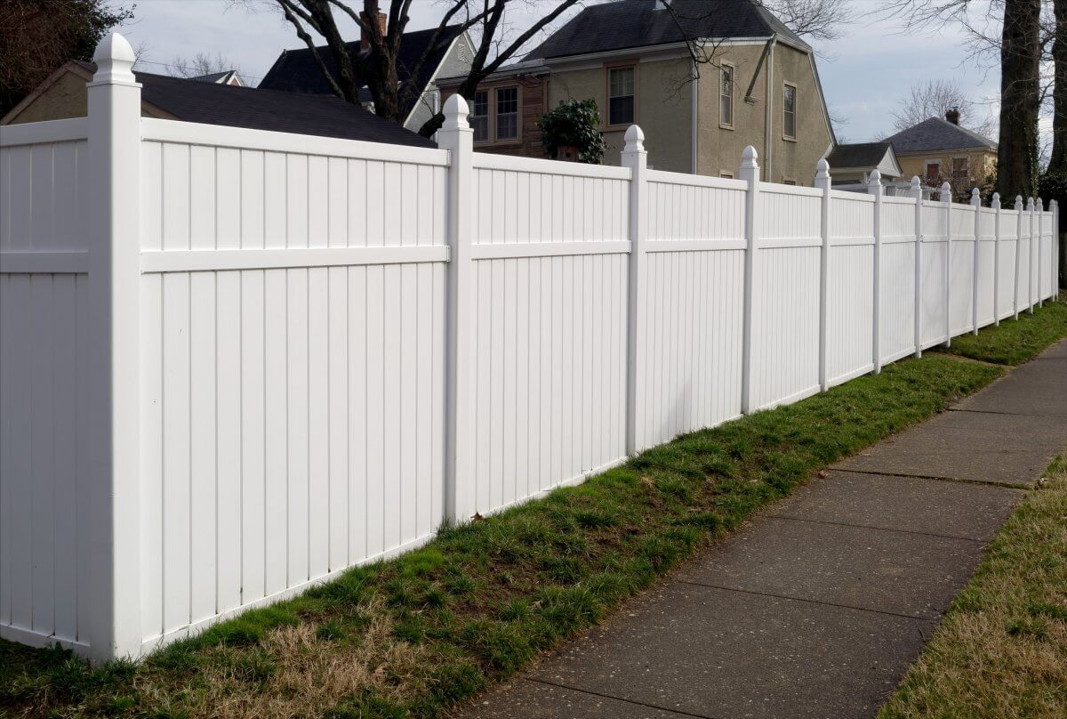 How Tall Should My Fence Be?